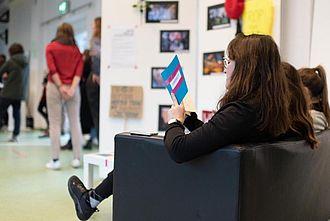 Infos bekommen Interessierte auch von der Couch aus. © HTW Berlin / Marco Ruhlig