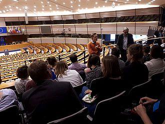 Blick in des großen Plenarsaal des Europäischen Parlaments © HTW Berlin / Tobias Nettke