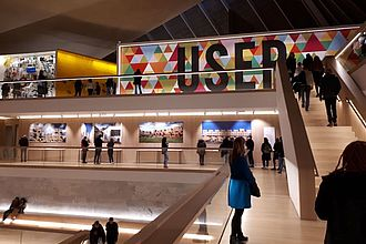 Besuch im Design Museum London. © HTW Berlin / Tobias Nettke