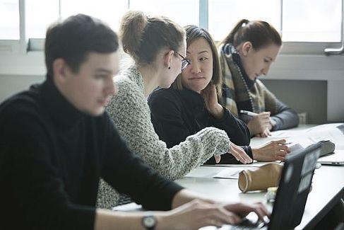 Students working at the HTW © HTW Berlin/Camilla Rackelmann