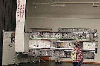 Präsentation von Konzepten für eine Ausstellung zur Campusgeschichte, Museumskunde in Kooperation mit dem Studiengang Kommunikationsdesign der HTW. © HTW Berlin / Tobias Nettke