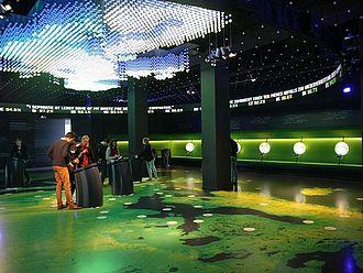 """Ausstellungsbesuch im """"Parlamentarium"""", dem Besucherzentrum des Europäischen Parlaments Brüssel © HTW Berlin / Tobias Nettke"""